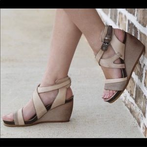 OTBT Freedom Wedge sandal Cream 9